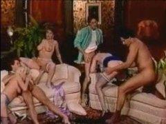 Классическое ретро порно с развратными дамочками, что обожают сосать