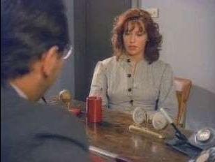 Порно кастинг 80-х: продюсер дал анальную путевку в жизнь ебливой итальянке