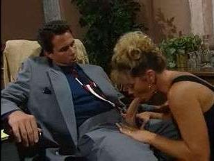 Ретро порно 1995 года с участием зрелой красотки
