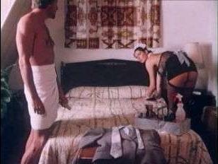 Ретро порно 70-х: хозяин дома трахнул горничную втайне от жены