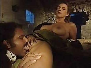 Ретро-секс молодых барышень с ненасытными мужчинами