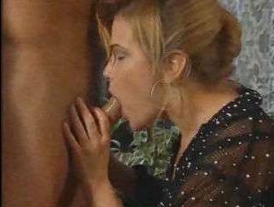 Ретро порно 90 года: секс с мужчиной и двумя женщинами