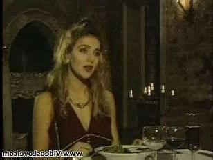 Ретро порно-фильм: зрелые дамы ебутся с кавалерами