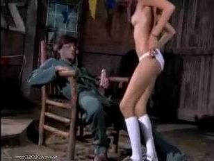 18 летняя девушка трахается с мужчиной