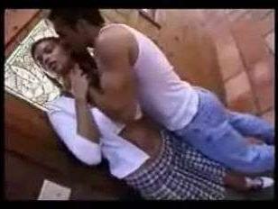Скачать ретро порно ролик: грудастая тёлка была тщательно отжарена