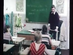 Датское порно 70-х - учитель развлекается со своими студентами