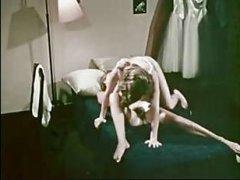 Качественный ретро порн фильм с большим количеством локаций