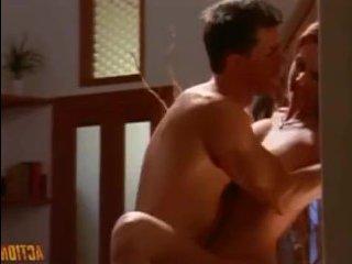 Увлекательные ретро порно приключения опытного повара с двумя красотками