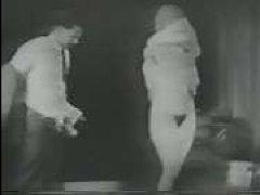 Красивое и страстное винтажное черно белое порно