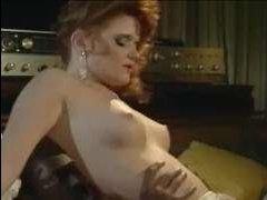 Ретро порно ролики с рыжими шлюшками, которые любят секс с неграми