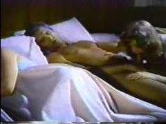 Смотреть порно онлайн: ретро оргии с двумя сочными шлюшками и развратным мужиком