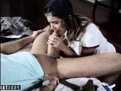 Порно винтаж: лесбиянка соблазнилась на секс с братом с длинным членом