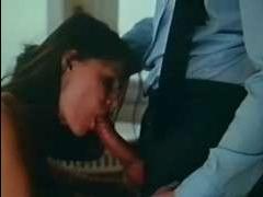 девушка сосет хуй своего строгого босса