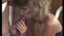 Немецкое порно ретро 90: домработница трахается с хозяином